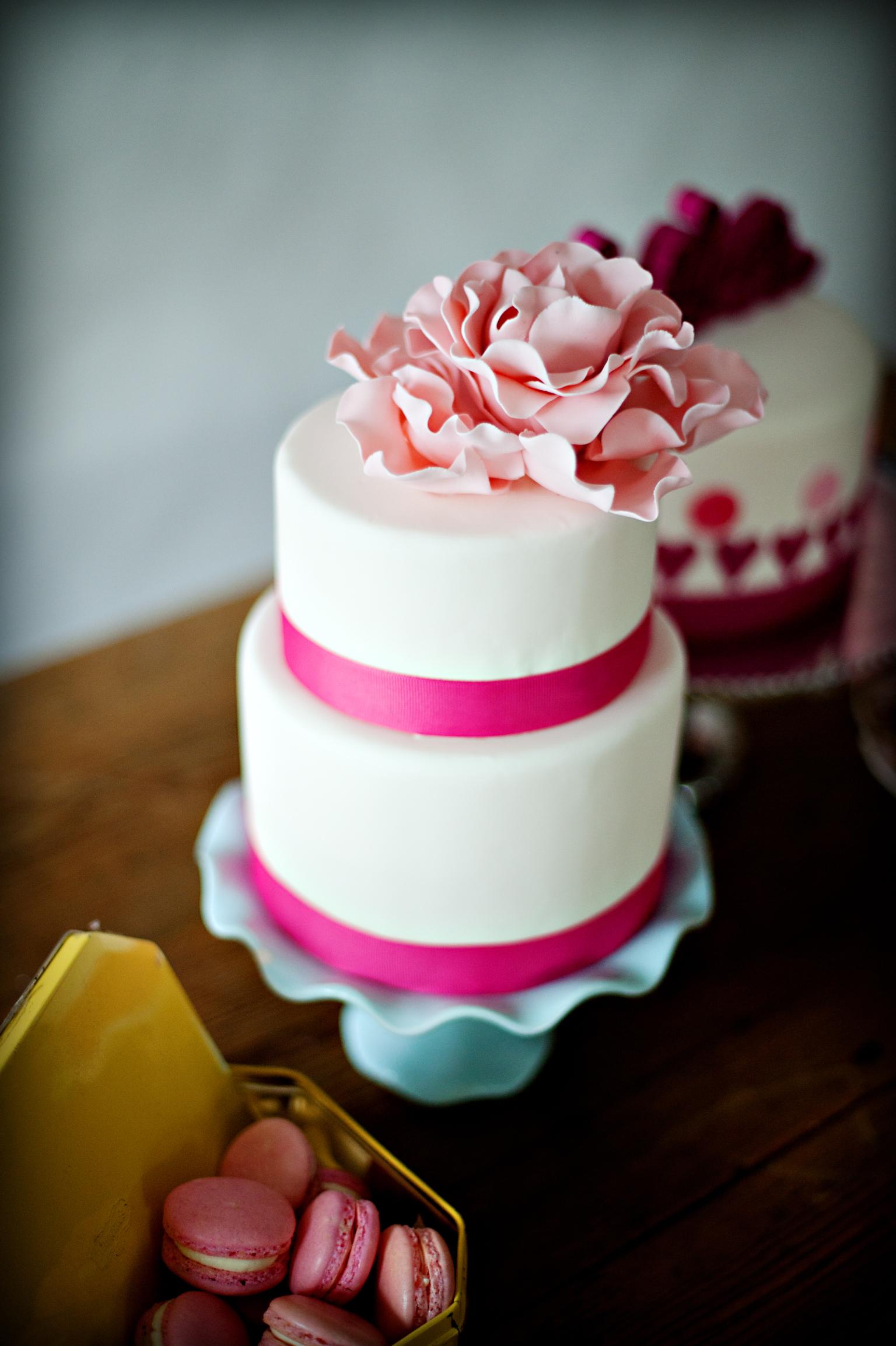 Pink Love Valentine Cake