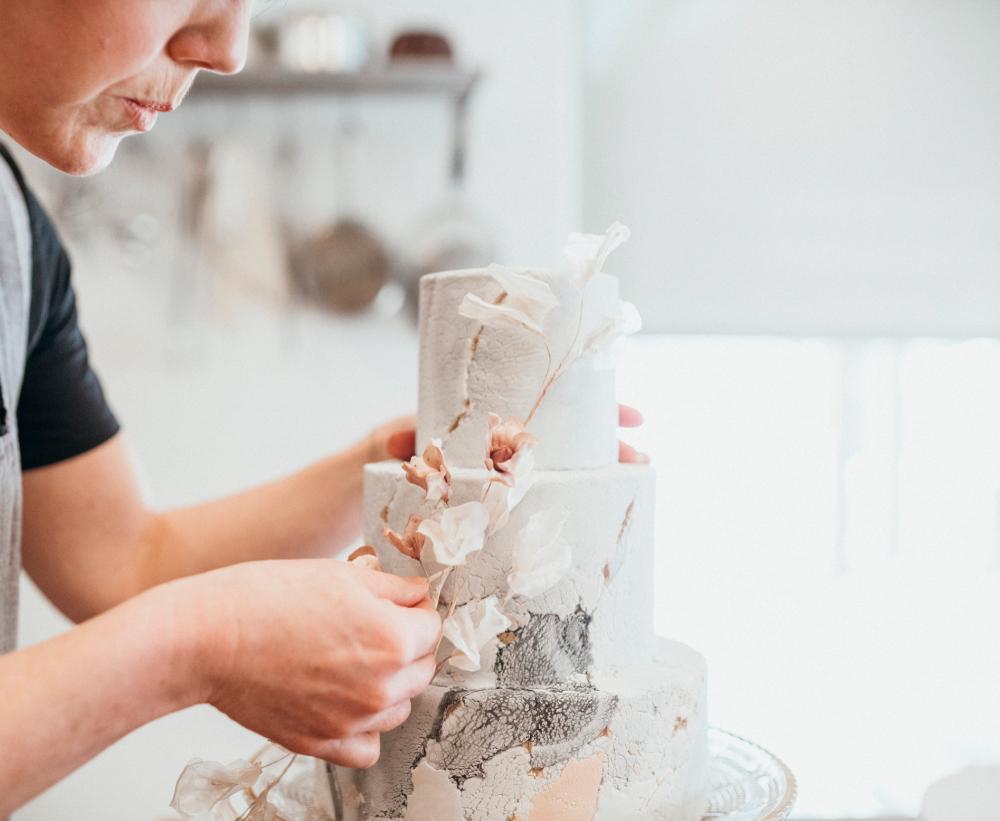 Whistler Wedding Cake Designer